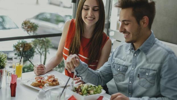 Půjčky ihned a můžete vyrazit do restaurace